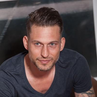 Julian Schmieder | scenario | agentur für film und fernsehen GmbH