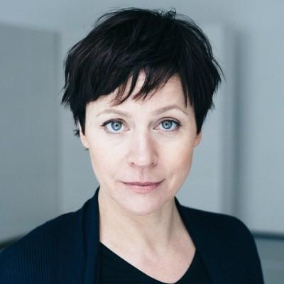 Jule Ronstedt | scenario | agentur für film und fernsehen GmbH